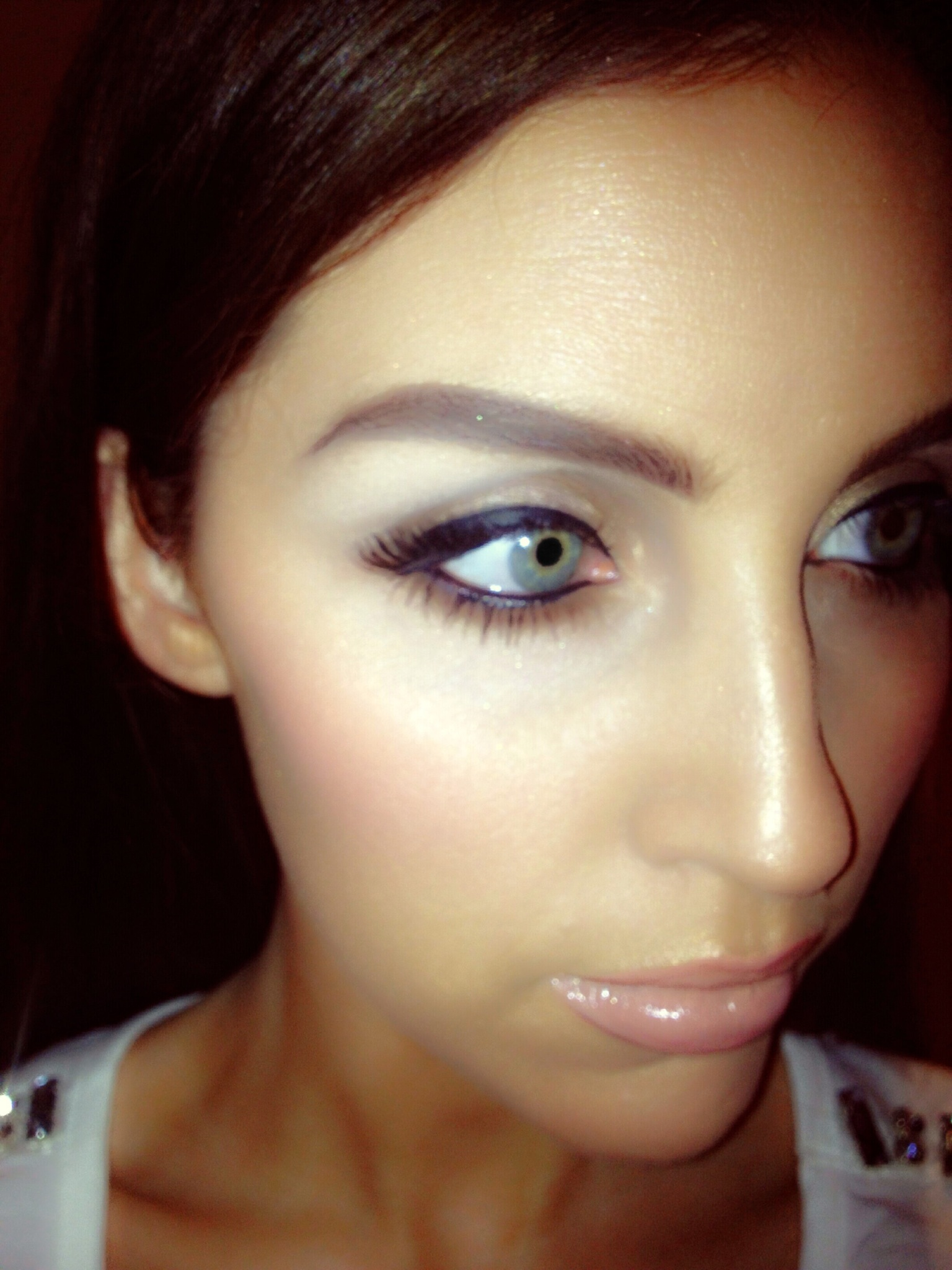 images of Opted For Soft Gold And Brown Eye With Corner Lashes Nude ...